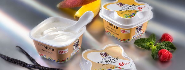 EasySnacking, smart packaging solution, design with a spoon in the lid, Super spoon, spoon is in the lid